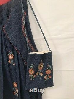Authentic Vintage Womens Norwegian Cotton Hand Embroidered Bunad Norway Purse