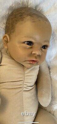 Reborn Baby Girl Cuddle Baby 19 Ethnic Reborn Doll Inc Clothes And Blanket