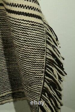 Vintage Mexican 100% Wool Poncho/Serape Unisex Outerwear Ethnic Clothing Beige